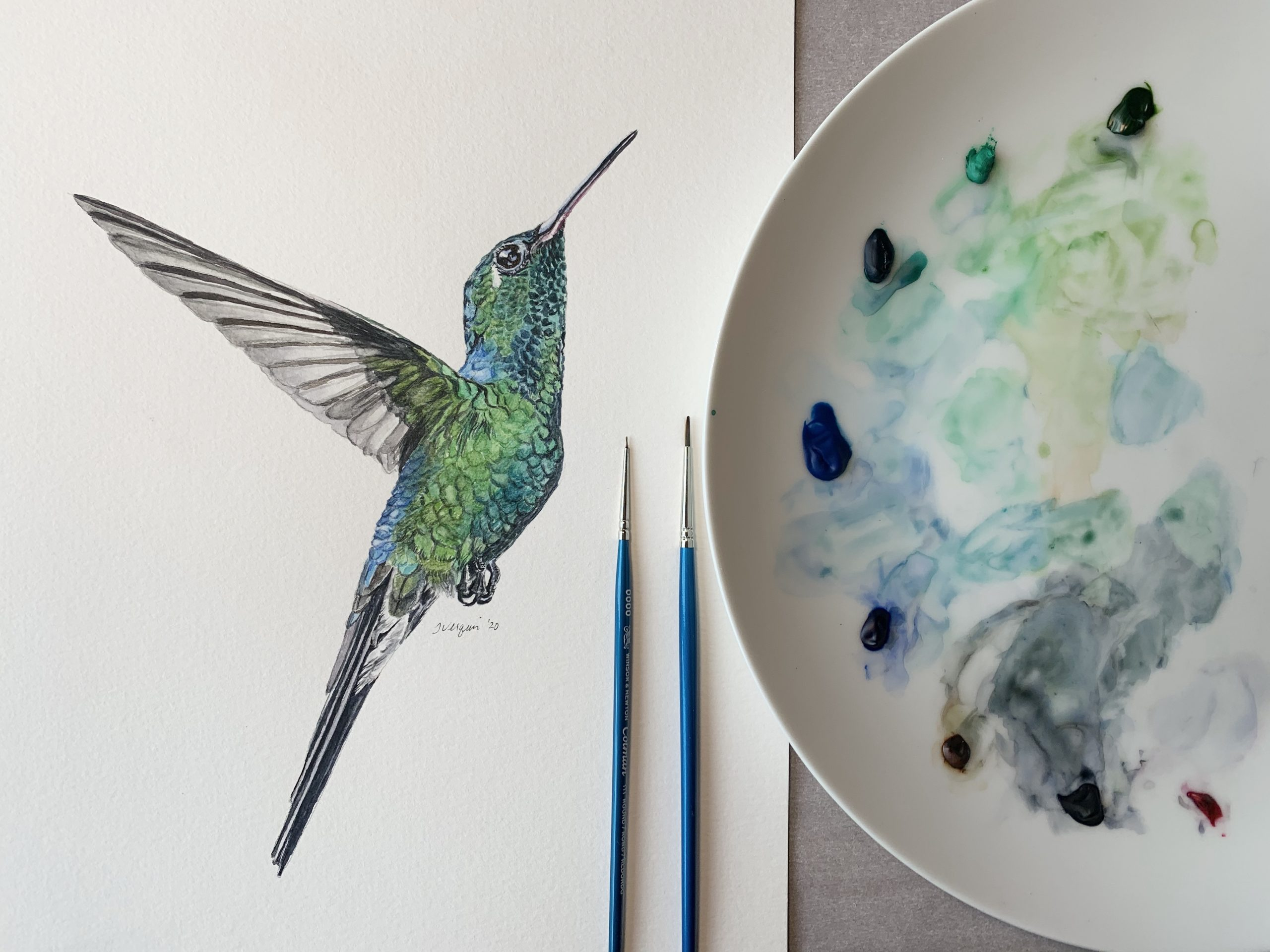 Emerald hummingbird complete with pallet